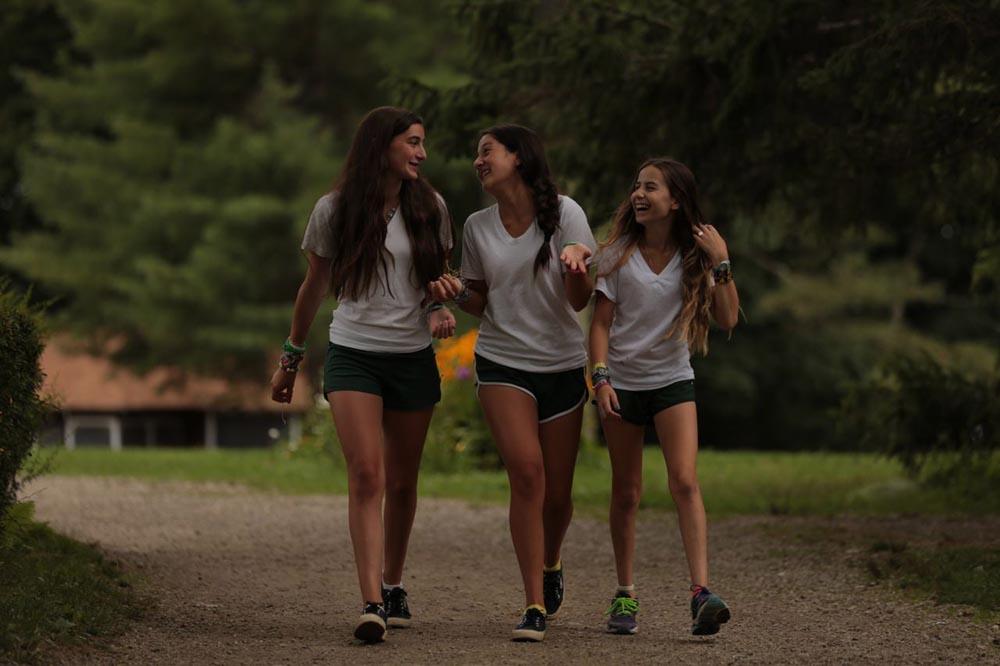 ADM3410 candid girls on path